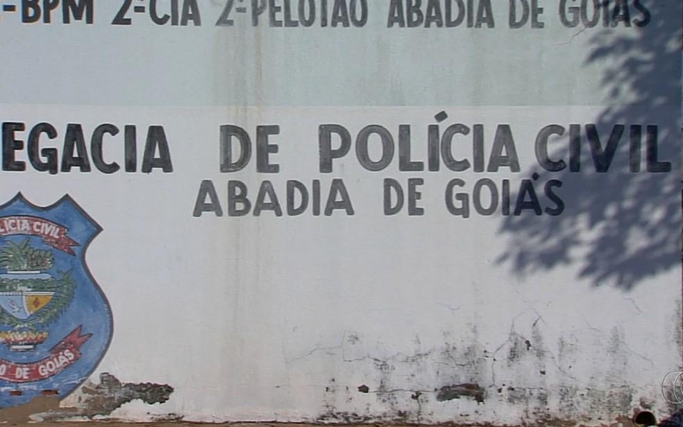 Delegacia de Abadia de Goiás é uma das que não têm delegados no estado (Foto: Reprodução/TV Anhanguera)