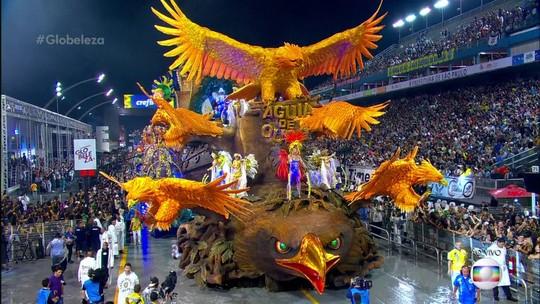 Águia de Ouro começa 2ª noite em SP com protesto contra corrupção e ala representando a Lava Jato