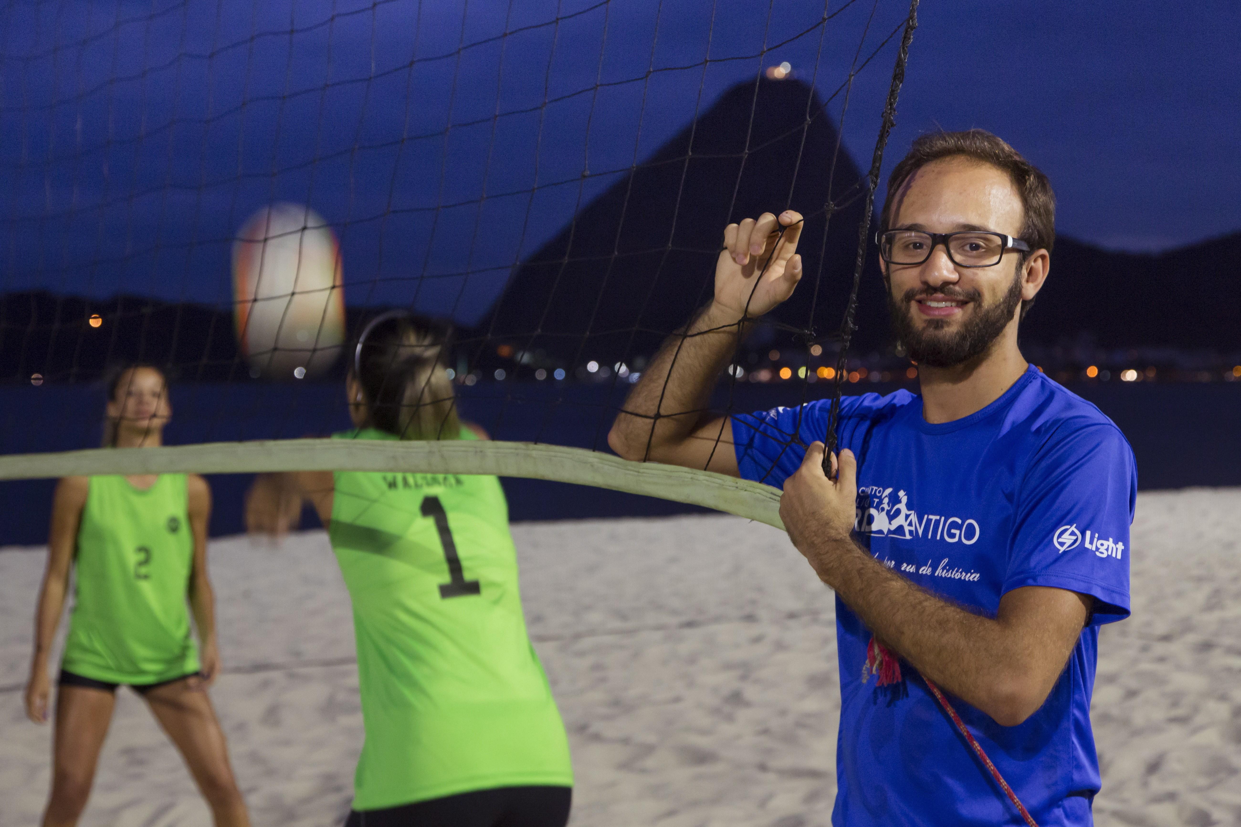 Vinícius montou até time de vôlei com o aplicativo Want2Play
