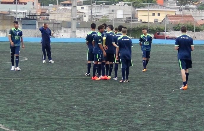 Itabaiana seleciona jogadores em São Paulo (Foto: Divulação/César José Oliveira)