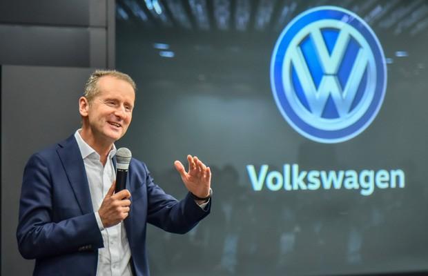 O CEO da Marca Volkswagen, Dr. Herbert Diess, reafirmou que confia na recuperação da economia e do mercado de veículos do Brasil (Foto: Divulgação)