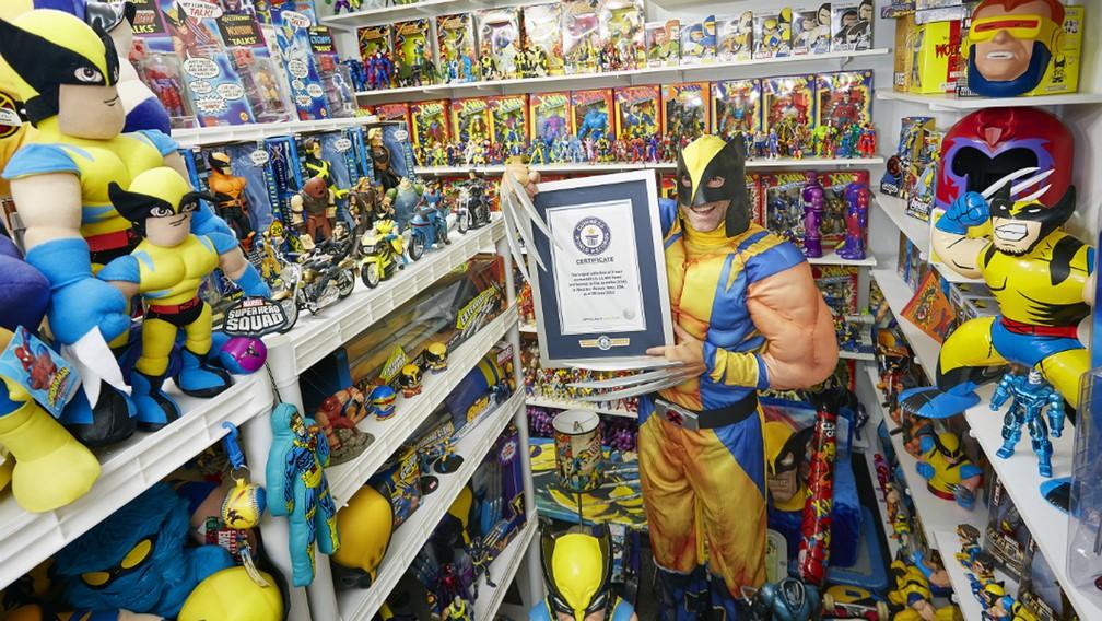 Americano bate recorde com maior coleção de itens sobre os X-Men (Foto: Livro Guinness de Recordes)