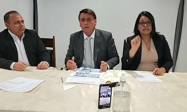Live de Bolsonaro removida do YouTube