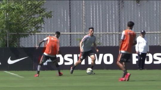 Classificados e desfalcados, Corinthians e Santos jogam Libertadores nesta quinta (24)