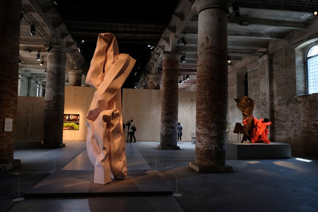 VENICE, ITALY - MAY 22, 2019: Art installations in a gallery during the ongoing Venice Art Biennale on May 22, 2019 in Venice, Italy. (Photo by Kaveh Kazemi/Getty Images) (Foto: Getty Images)