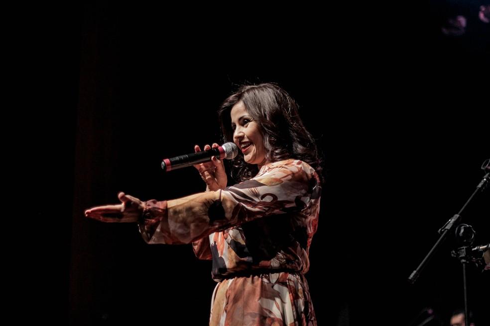Cantora Leila Rosa lança CD autoral em Poços de Caldas (MG). (Foto: Divulgação/Thaís Helena)