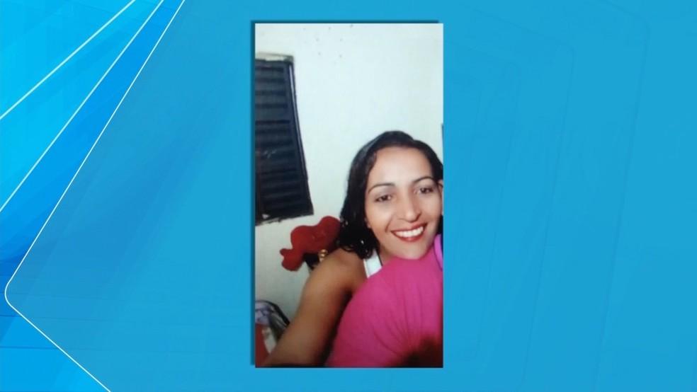 Solange Almeida, 36 anos, passou mais de 10 dias internada e morreu — Foto: TVCA/ Reprodução