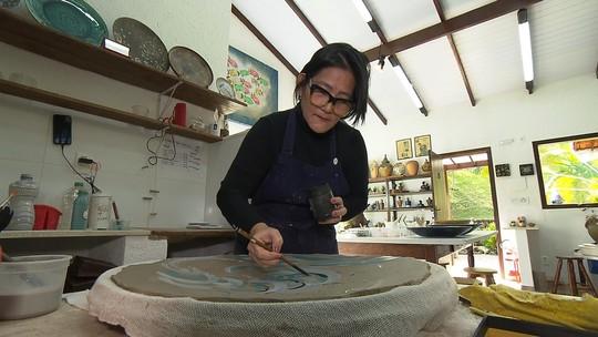 Sônia e o marido recomeçaram a vida em Brumadinho com a produção de cerâmicas