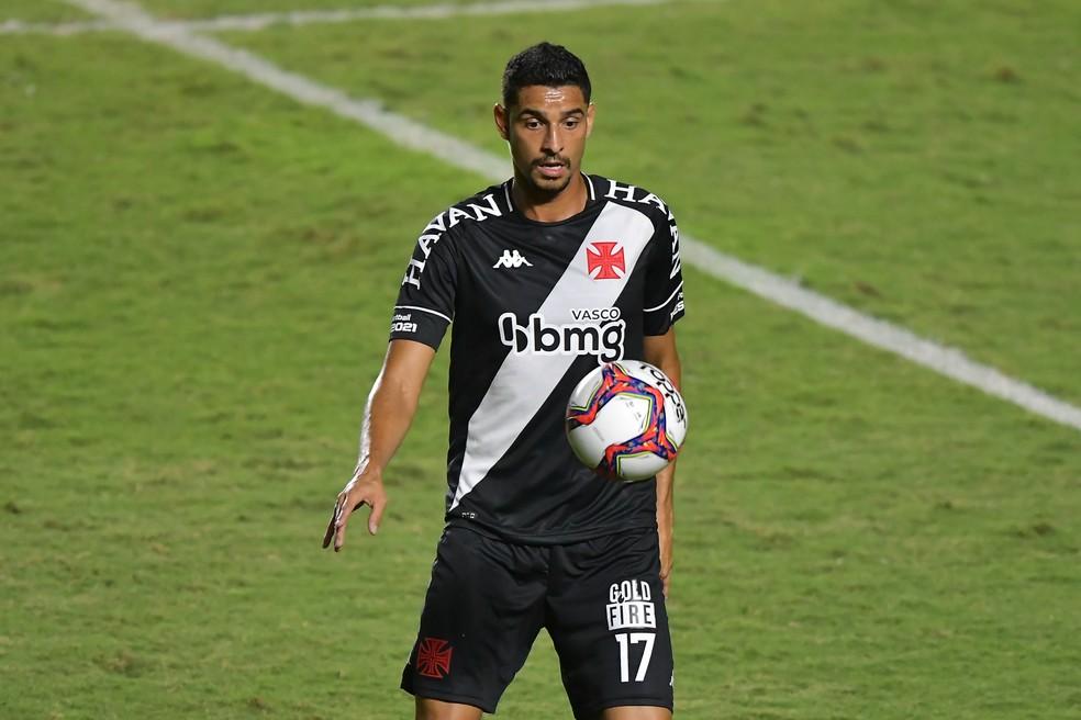 Daniel Amorim chegou no início da Série B e marcou três gols — Foto: Thiago Ribeiro/AGIF