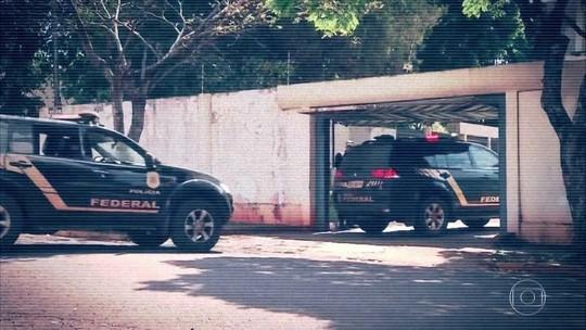Funcionário público se disfarça de PF e aplica golpe em contrabandistas