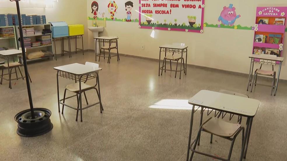 Escola particular de ensino infantil, em Taguatinga, no DF, se prepara para retorno das aulas presenciais durante pandemia, em imagem de arquivo — Foto: TV Globo/Reprodução