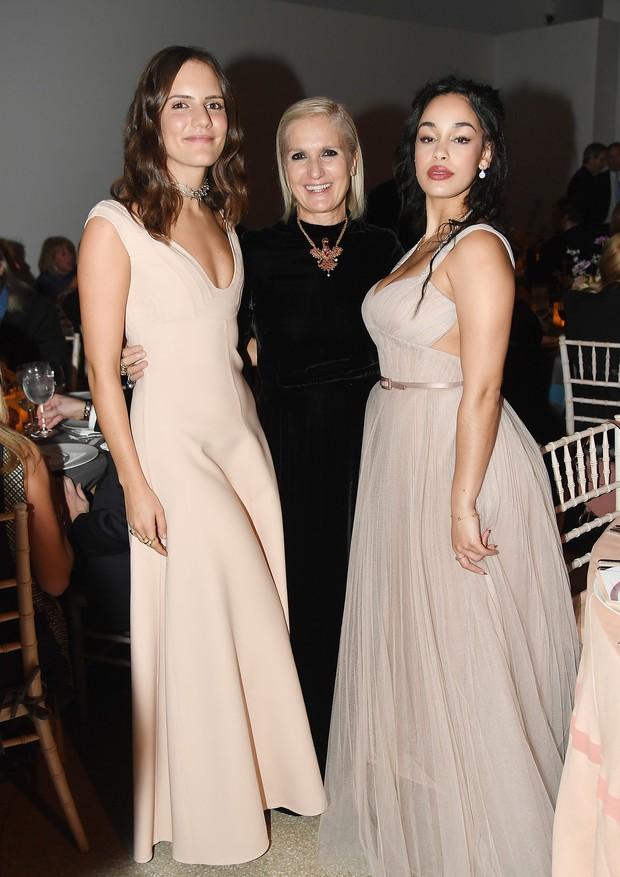 Rachele Regini, Maria Grazia Chiuri e Jorja Smith (Foto: Getty Images)