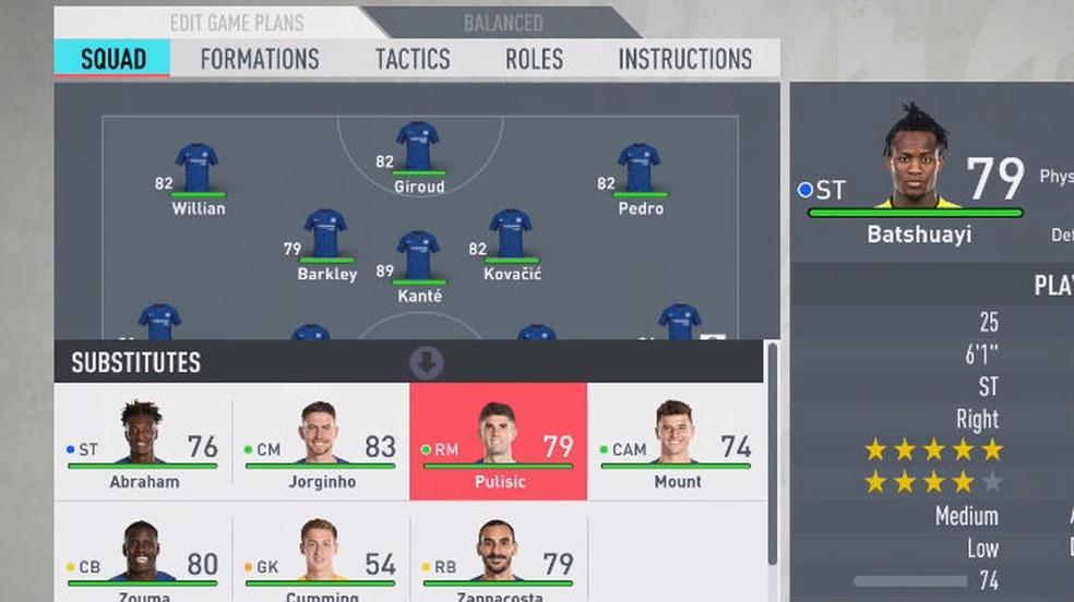 FIFA 20: no menu ou dentro do jogo, abra seu elenco para acessar as táticas personalizadas — Foto: Reprodução / Thomas Schulze