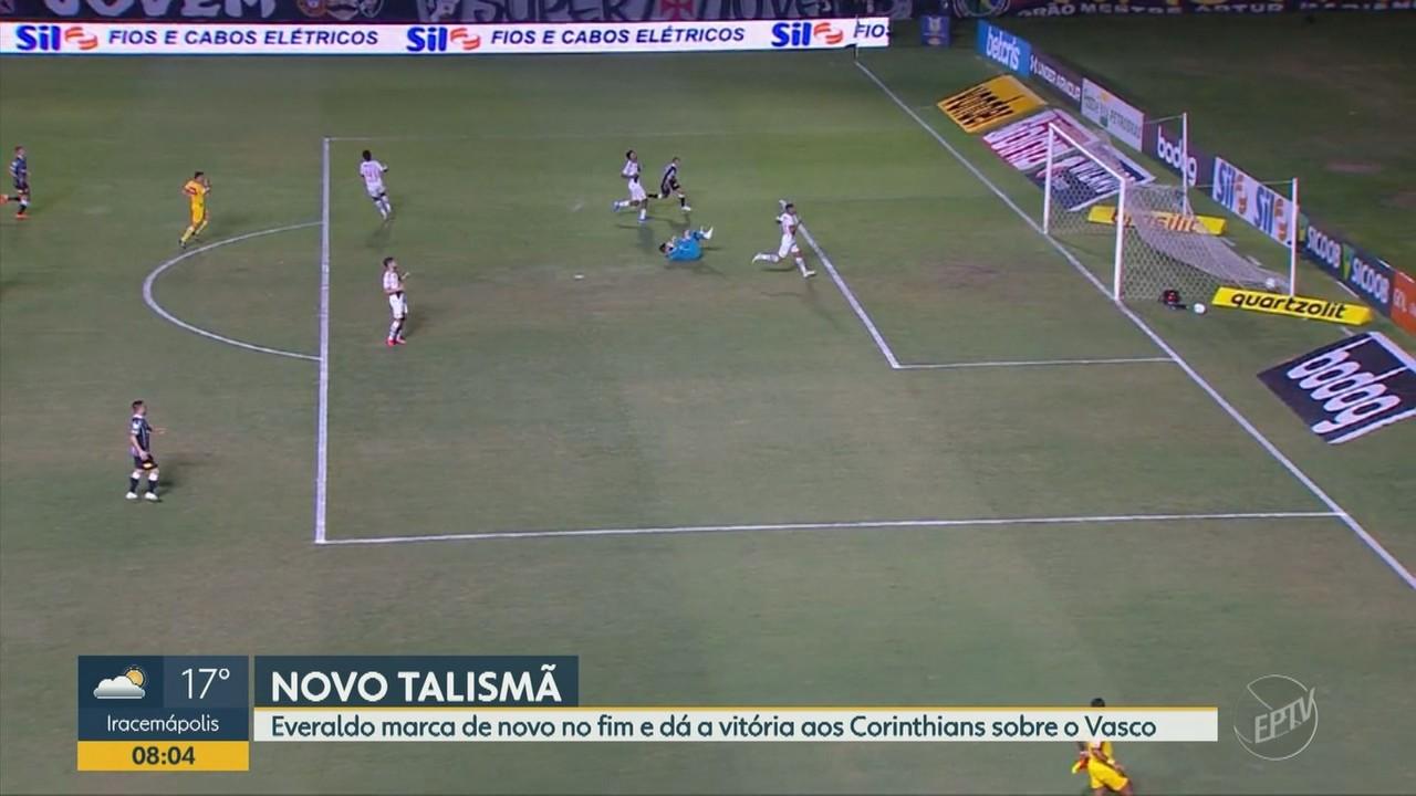 Corinthians vence Vasco com gol de Everaldo no fim da partida