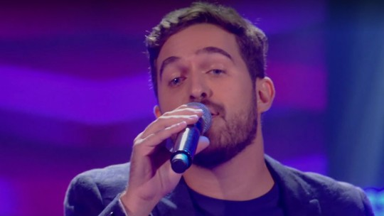 Confira como foi a estreia de Ian Alone no 'The Voice Brasil'
