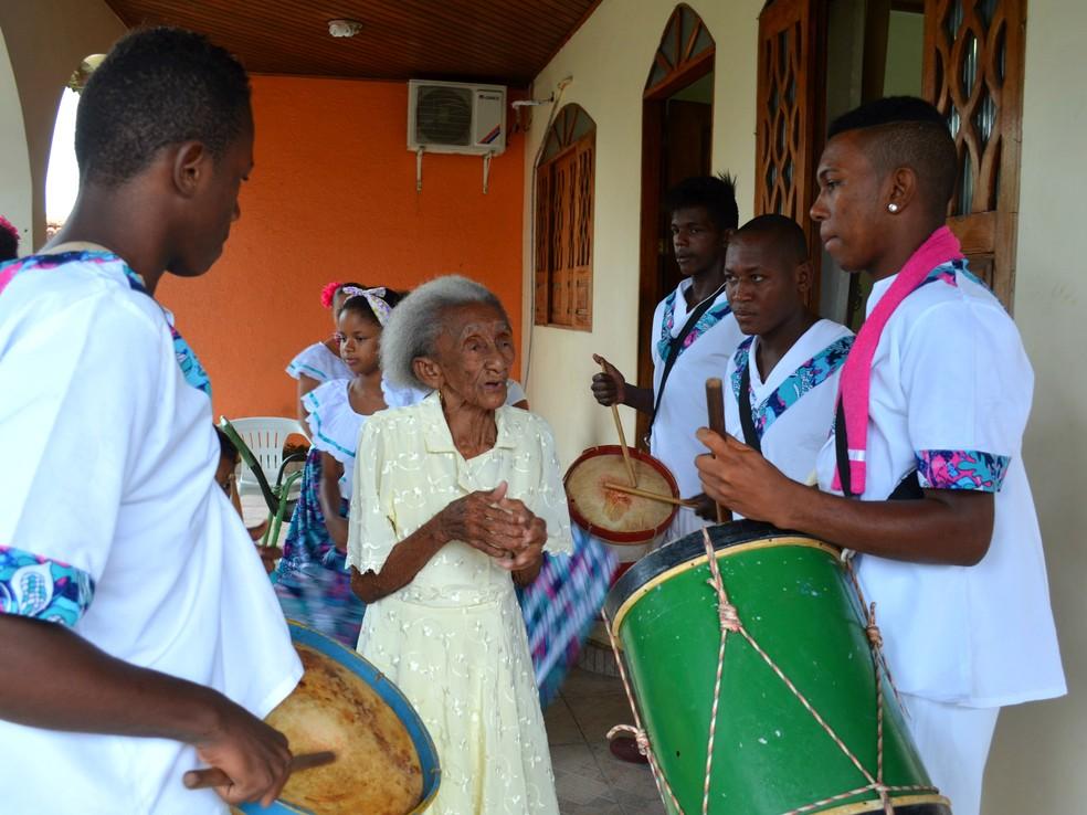 Manifestação cultural é herança e resistência de comunidades negras do Amapá — Foto: Fabiana Figueiredo/G1