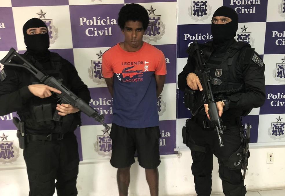William da Silva Ribeiro foi preso pela COE em desdobramento da megaoperação que prendeu quadrilha responsável por tráfico, roubo a bancos e homicídios (Foto: SSP/BA)