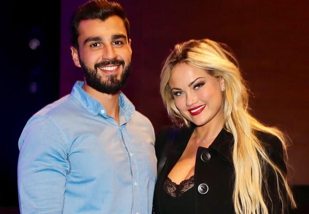 Ellen Rocche e o namorado, o nutricionista Rogério Oliveira (Foto: Manuela Scarpa/Brazil News)