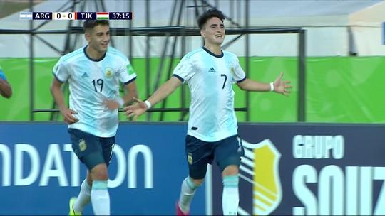 Argentina vence o Tajiquistão, elimina os asiáticos e avança em 2º lugar para as oitavas de final