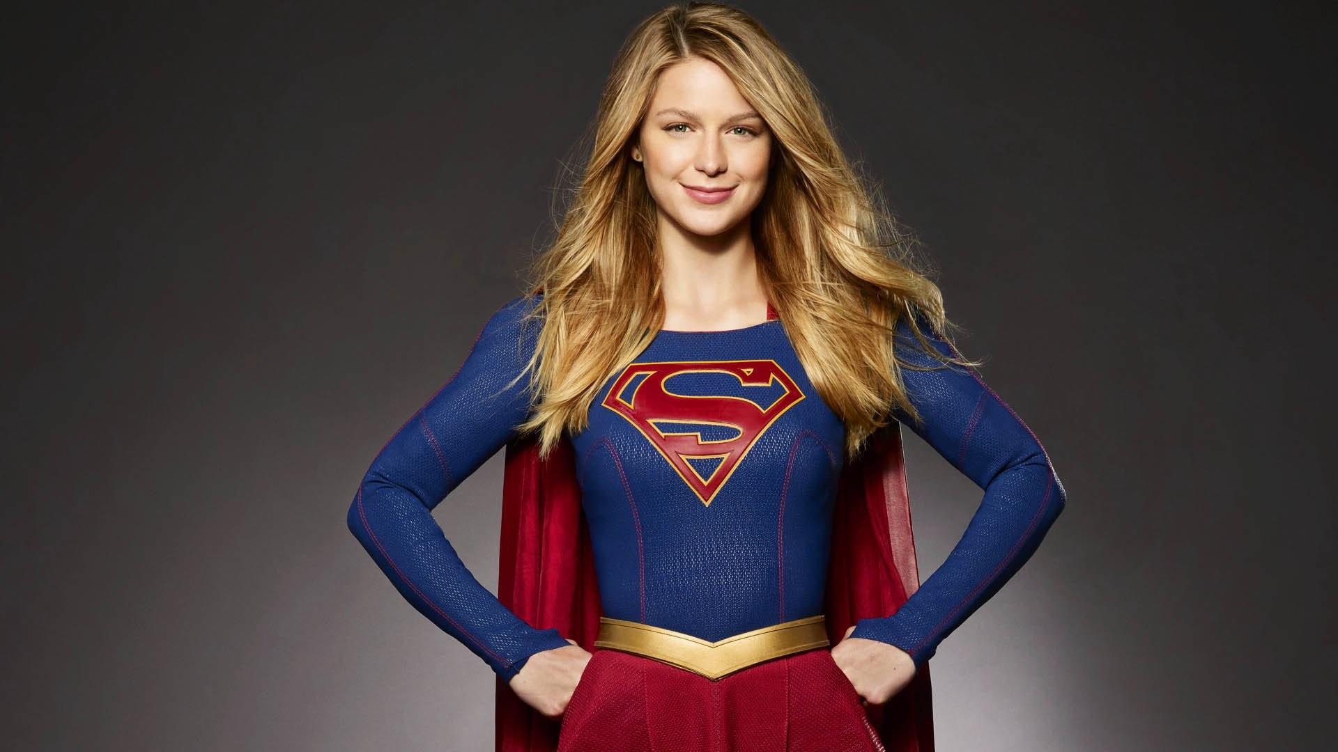Melissa Benoist como Supergirl na série lançada em 2015 (Foto: Divulgação)