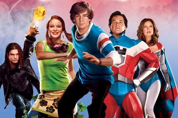 Heróis - e talvez um vilão - de Sky High - Super Escola de Heróis (2005) (Foto: Divulgação)