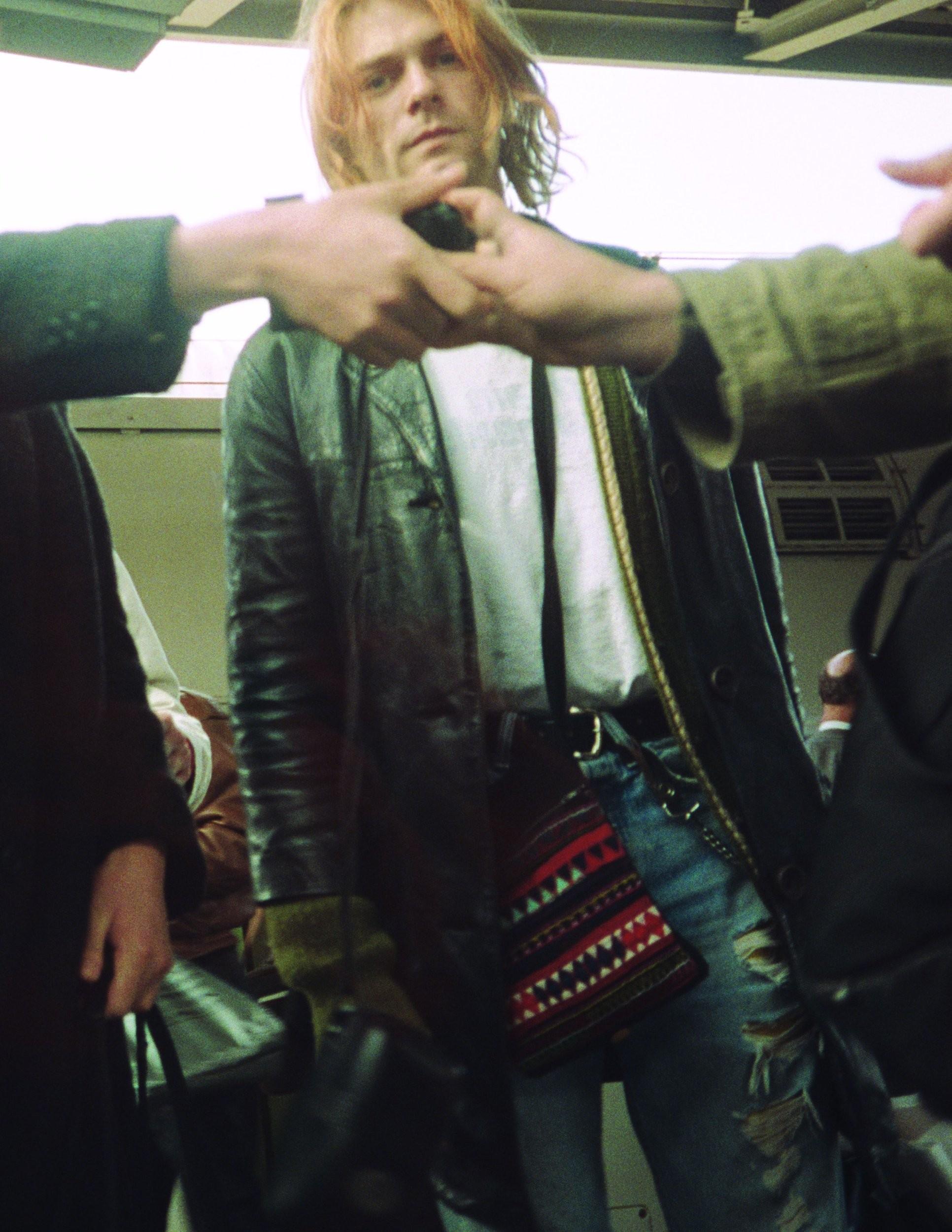 """Kurt Cobain em foto publicada no livre """"Cobain Unsee"""", de Charles R. Cross (Foto: Divulgação)"""