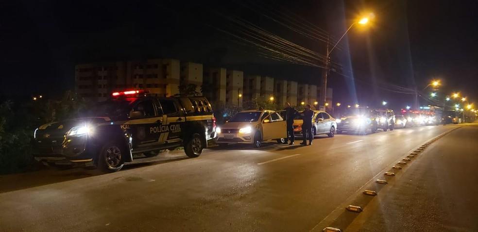Operação policiaisl em Alagoas e mais 10 estados contra facção criminosa — Foto: SSP