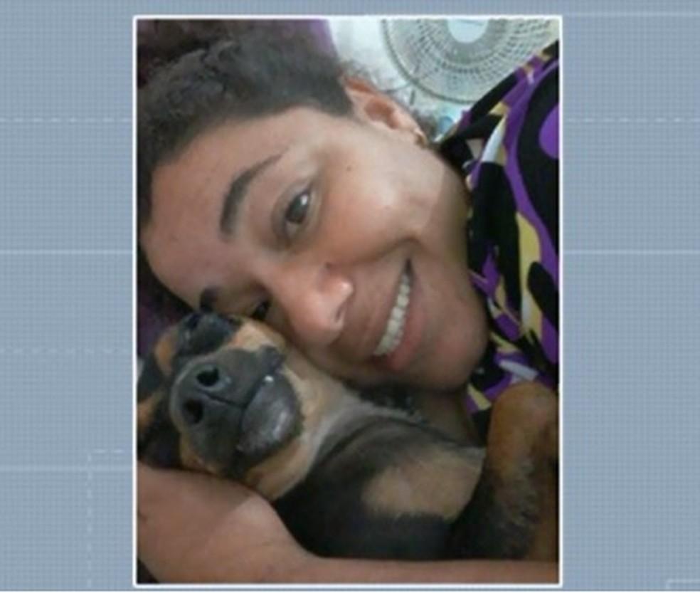 Viviane não resistiu e morreu após ficar mais de 20 dias internada em um hospital de Campo Mourão — Foto: Reprodução/RPC