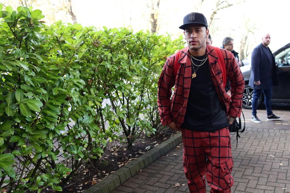 Estiloso, Neymar se reapresenta à Seleção — Foto: Lucas Figueiredo/CBF