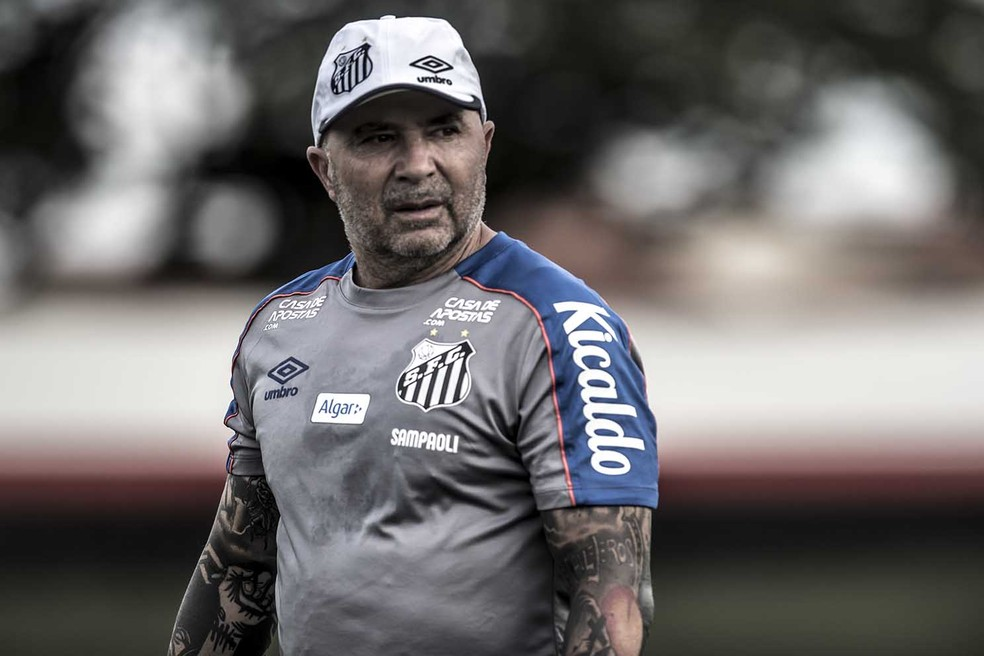 Jorge Sampaoli atualmente treina o Santos — Foto:  Ivan Storti/Santos FC