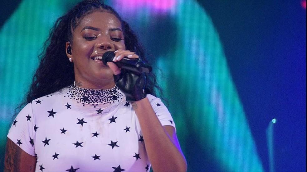 A cantora abraça o pagode de vez em novo EP  — Foto: Globo