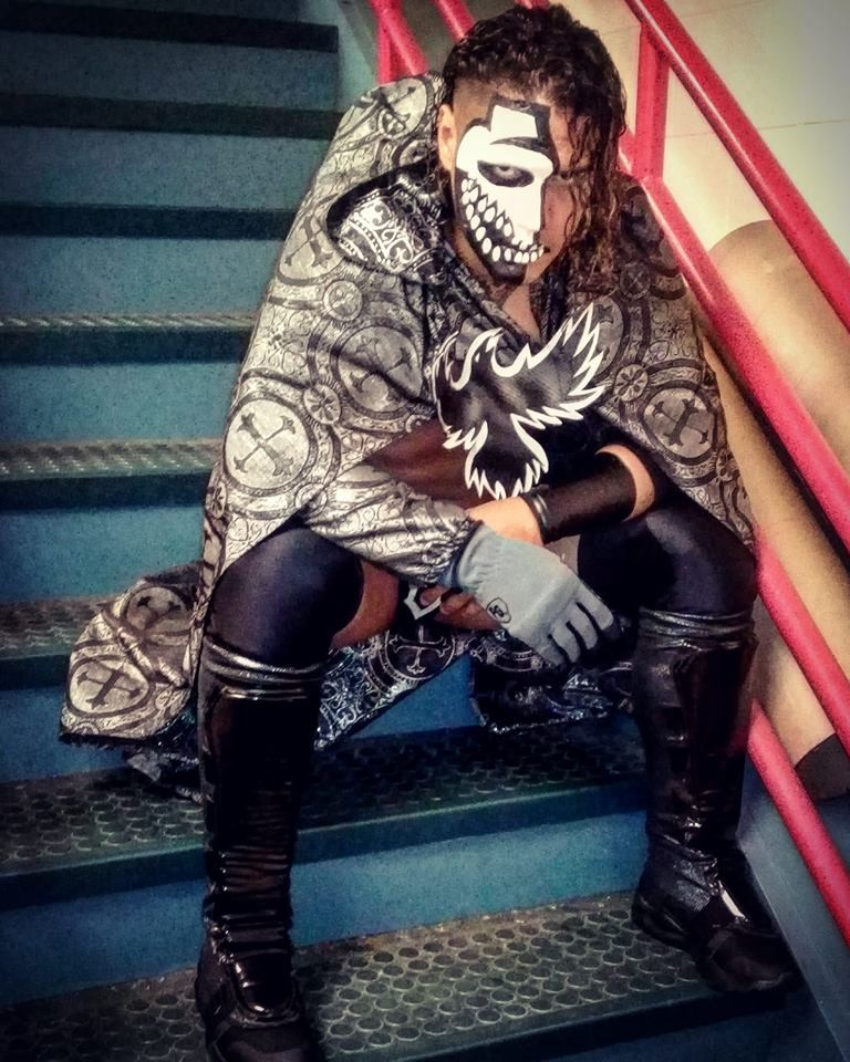 O wrestler El Cuervo (Foto: Facebook)
