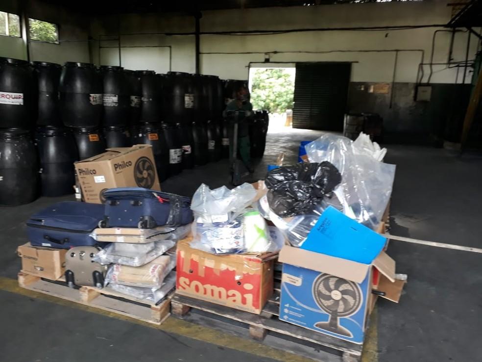 Materiais foram insinerados em uma empresa no Distrito Industrial — Foto: Polícia Civil/ Divulgação