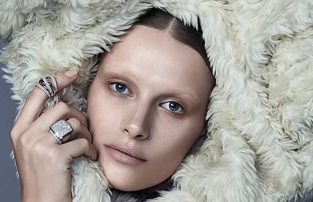 Hidratação natural: 4 dicas para não sofrer com ressecamento da pele nesse inverno (Foto: Zee Nunes / Arquivo Vogue)
