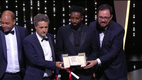 'Bacurau' recebe prêmio do júri em Cannes