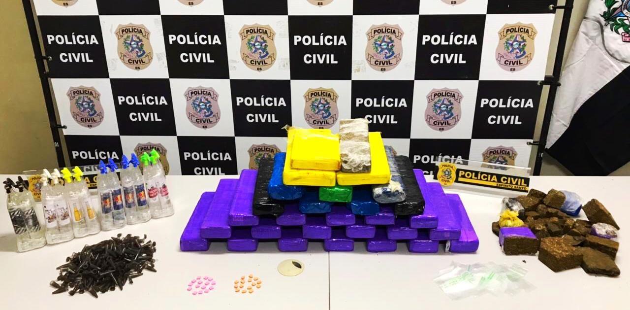 Dois homens são presos por tráfico de drogas em Vila Velha, ES
