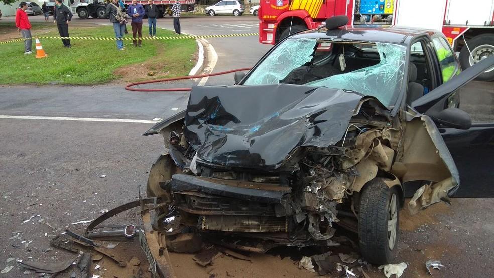 Todas as vítimas estavam no carro, de acordo com a PRD (Foto: Divulgação/PRF)