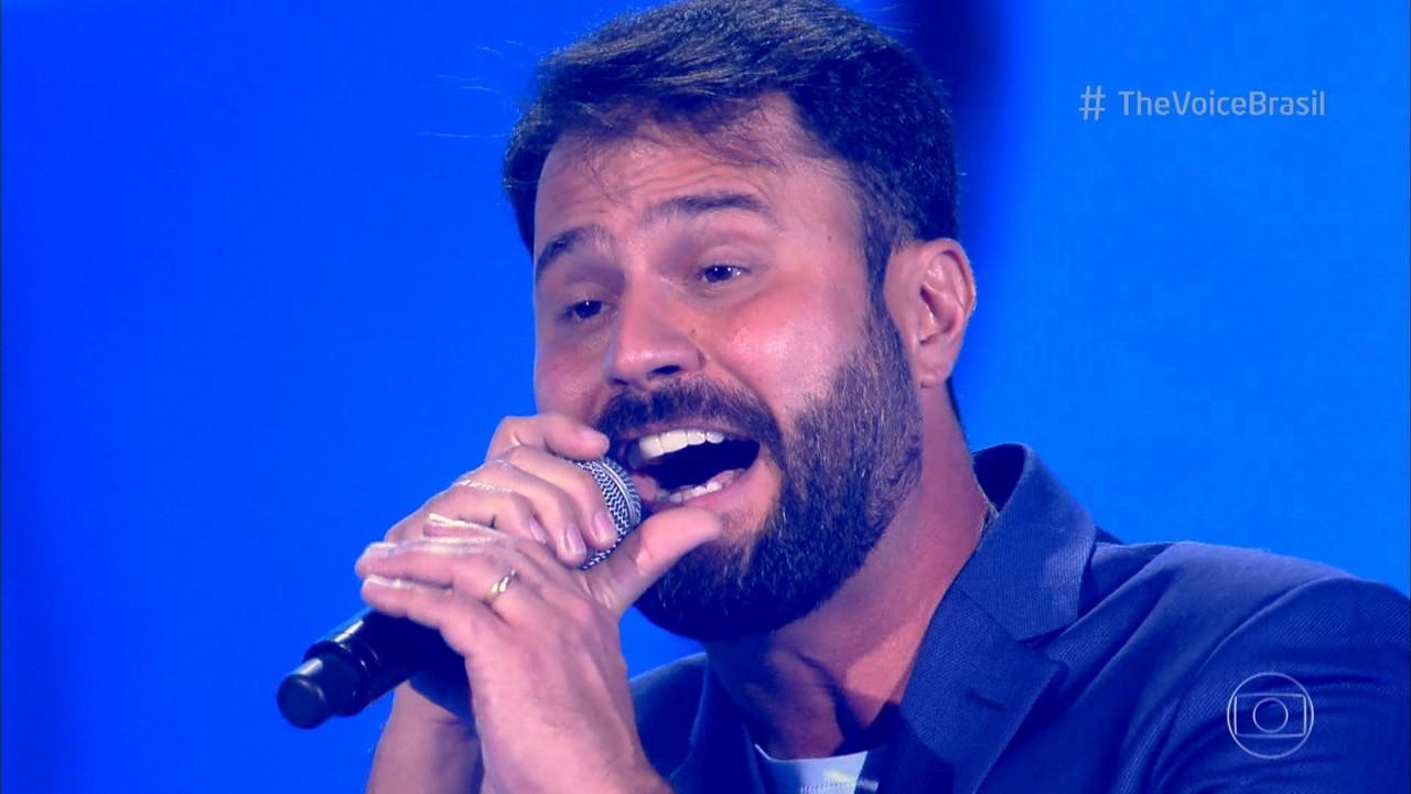 Daniel Ribeiro canta 'Change The World'