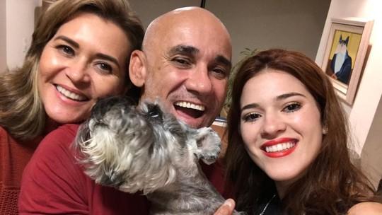 Ex-BBB Ayrton faz aniversário e se emociona com carta da filha Ana Clara: 'Ela é tudo pra mim'