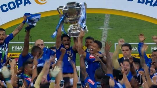 Perto de marcas expressivas, Léo elenca momentos inesquecíveis no Cruzeiro
