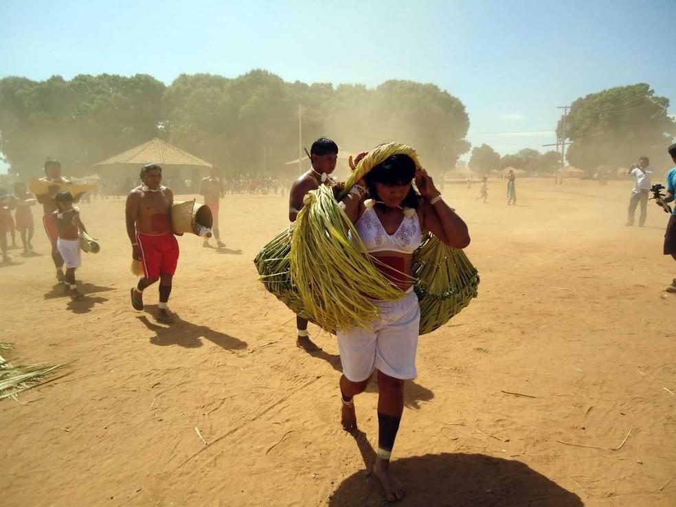 Cotidiano dos xavantes mostrado por um indígena — Foto: Divino Tserewahú/ Xavante Sangradouro