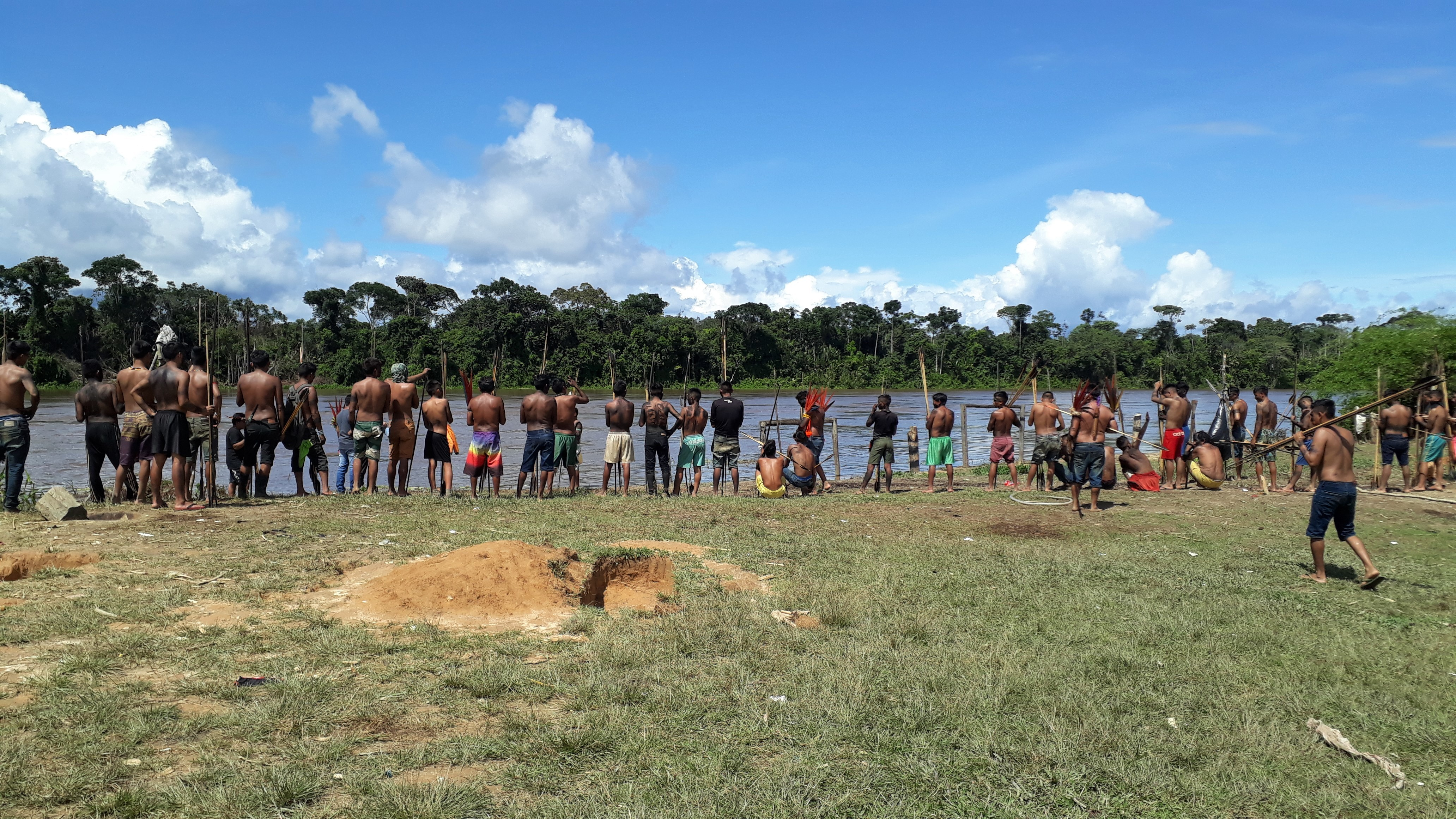 Comunidade alvo de conflitos na Terra Yanomami vive clima de tensão: 'todos os dias estou chorando de medo'