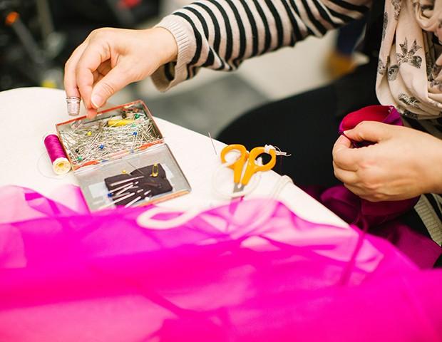 Entenda sobre o upcycling e uma nova forma de ver a moda (Foto: Kris Atomic / Unsplash)