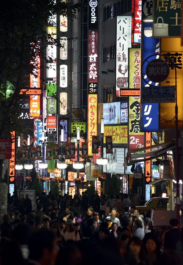 Tóquio - O bairro de Shinjuku, um dos endereços mais visitados, clicados e compartilhados de Tóquio (Foto: Getty Images)