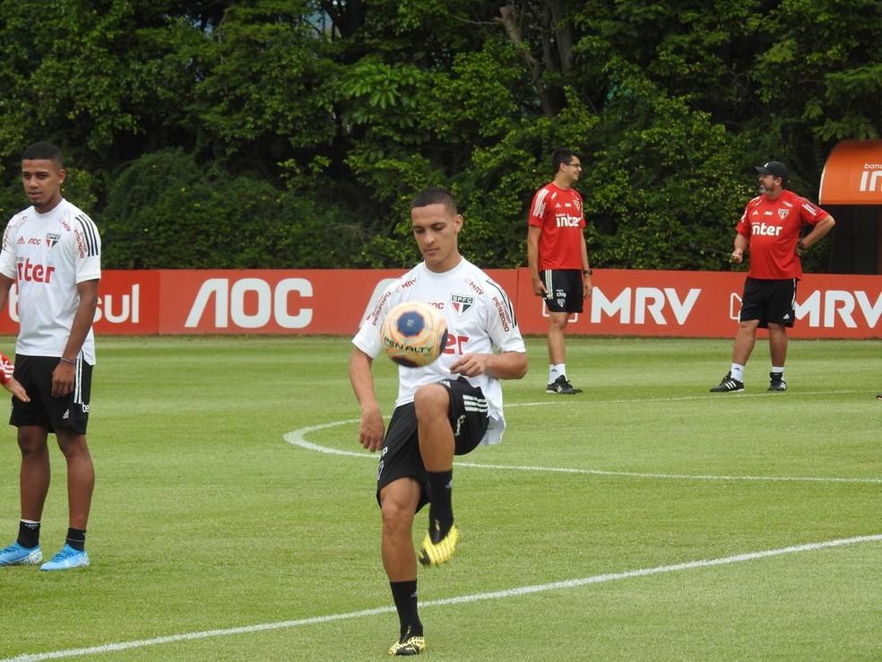 Antony, do São Paulo, é um dos atletas mais decisivos com Fernando Diniz — Foto: Marcelo Hazan