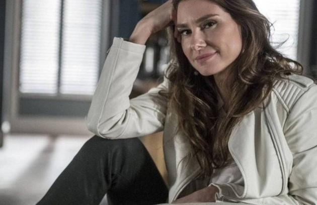 Na quinta-feira (27), Natasha (Lavínia Vlasak) avisa a Arthur (Fabio Assunção) que levará Jojô (Giovanna Rispoli) para morar em Miami com ela e o marido (Foto: TV Globo)