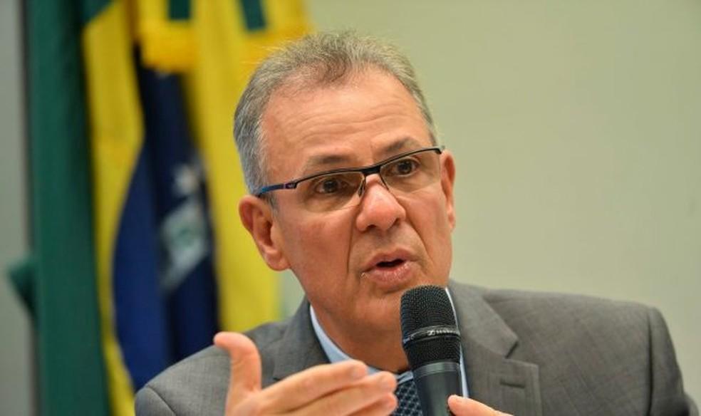 O ministro de Minas e Energia Almirante Bento Albuquerque — Foto: Aleam