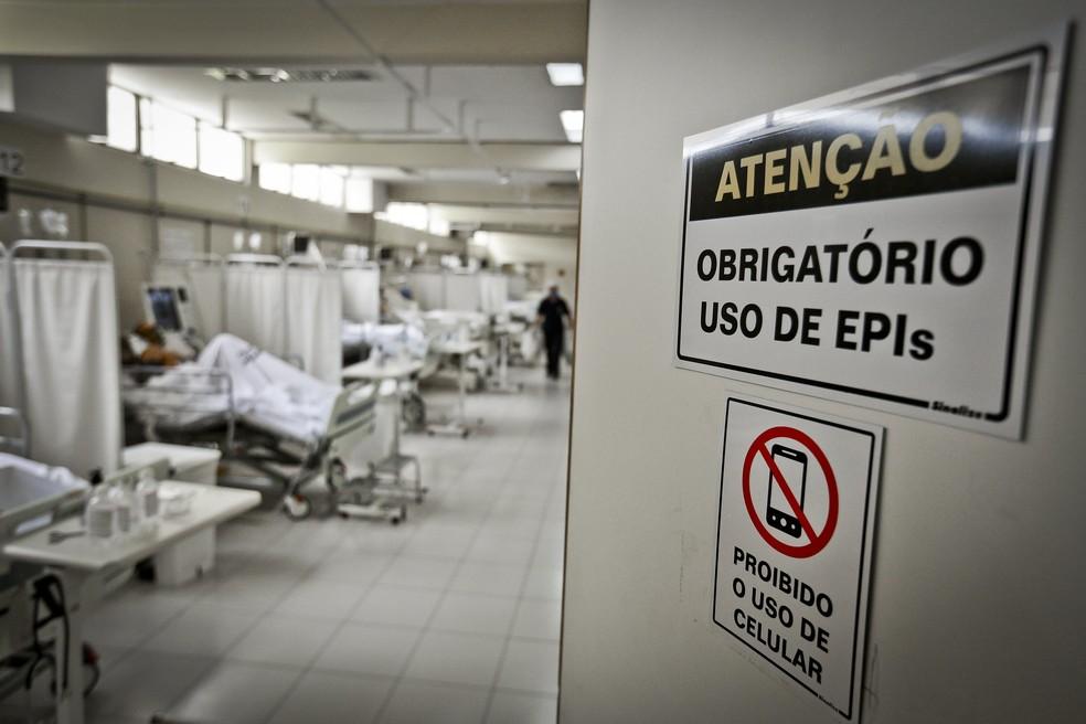 Unidade de Terapia Intensiva (UTI) para pacientes com Covid-19 do Hospital Regional de Samambaia no DF — Foto: Breno Esaki/Agência Saúde DF