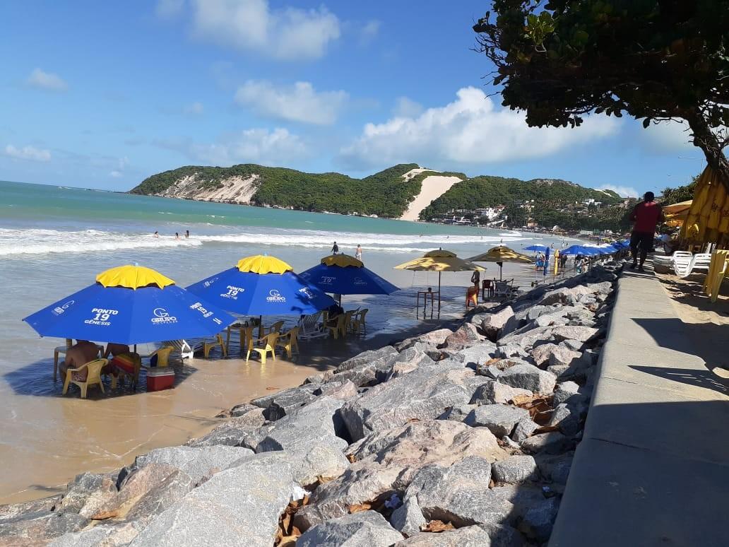 Obra de engorda da praia de Ponta Negra será licitada em novembro, diz prefeito de Natal