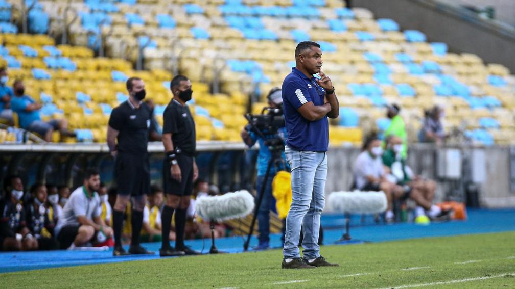 Roger Machado, Fluminense x Portuguesa — Foto: Lucas Merçon/FFC